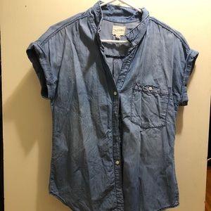 Short Sleeve Chambray top